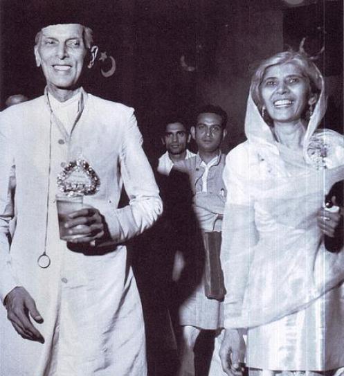 Quaid-e-Azam-with-Fatimah-Jinnah